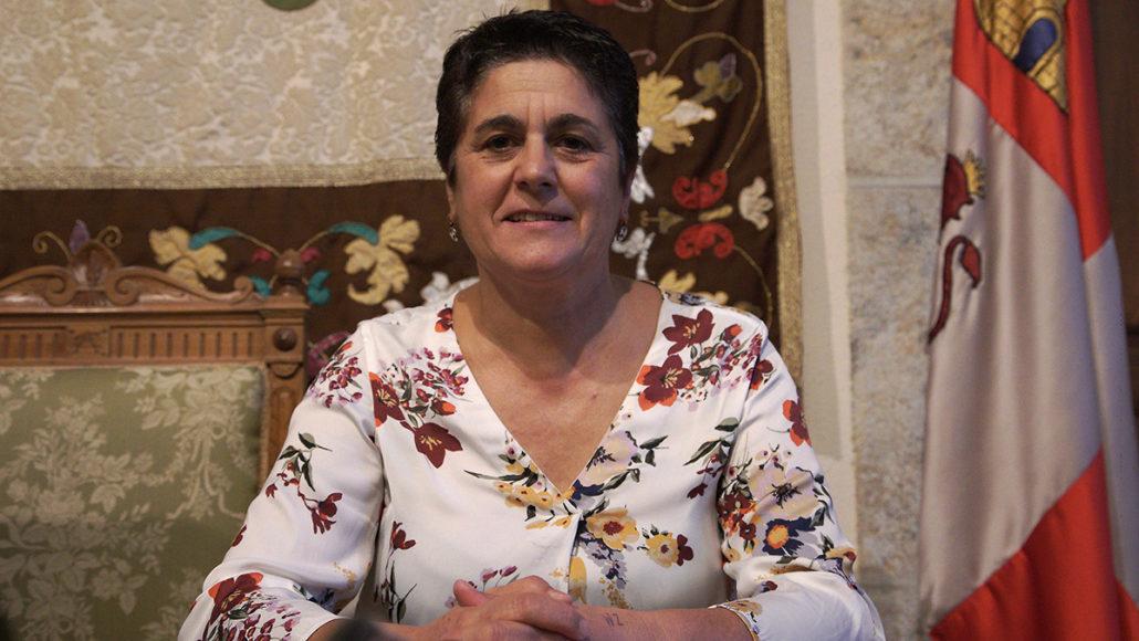 Dña. María Luisa Macías Martín
